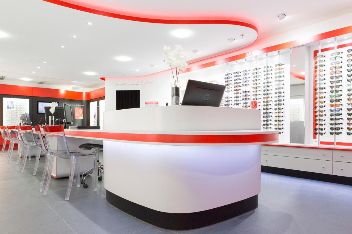 opticien en centre commercial